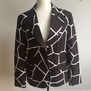 ESCADA Sz 42 black white animal print blazer lined